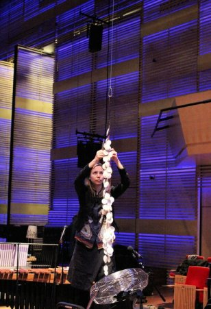 Kate Moore with Nieuw Ensemble - Muziekgebouw aan 't Ij with ceramic sound sculpture
